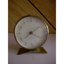 Reloj despertador antiguo verde